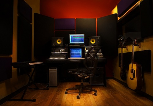 http://www.beatmakingentertainment.com//HLIC/128eca05d1924a08bab527f4f7040f95.jpg