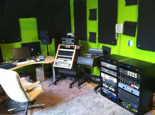 http://www.beatmakingentertainment.com//HLIC/393850fbcbc238b7a092267833e7e766.jpg