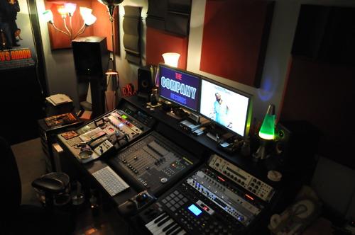 http://www.beatmakingentertainment.com//HLIC/688bf227e51688453dfe2a7ca7fb4c48.jpg