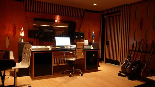 http://www.beatmakingentertainment.com//HLIC/aed19cff9bc9383e40d4ab1689a2df08.jpg