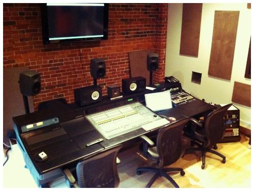 http://www.beatmakingentertainment.com//HLIC/af03a10ecc1f71f38f9dda1a02c55004.jpg